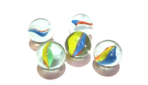ビー玉の模様の付け方はガラスの流れのままに!ビー玉の直径って決まってるの?