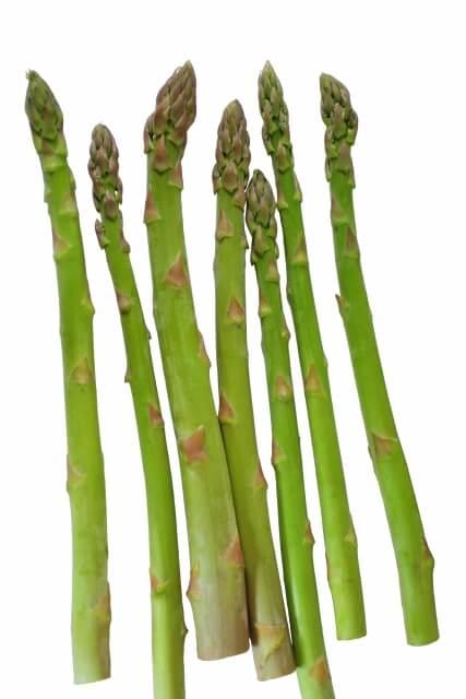 アスパラガスは生でも食べられる!?生食する場合の食べ方は?