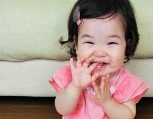 アイスを赤ちゃんに食べさせるならいつから?1歳におすすめの市販のアイスクリームは?