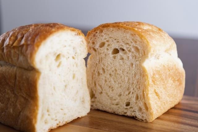 パンの温め直しはオーブン?電子レンジ?冷めても美味しく食べる方法は?